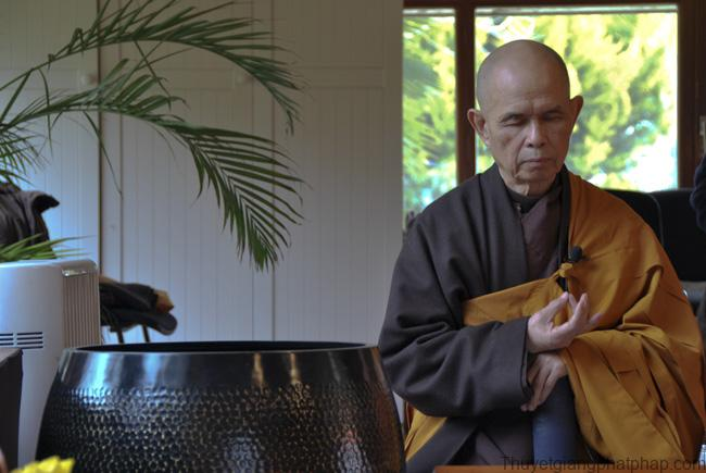 chi-nam-thien-tap-danh-cho-nguoi-tre-thich-nhat-hanh-mp3